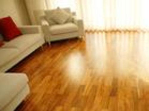 实木地板打蜡 复合地板打蜡